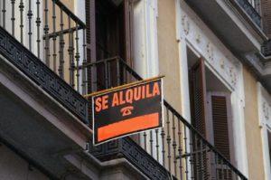Посуточная аренда жилья против аренды отелей.