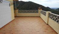 Купить дом -шале -дачу в горах в Валенсии - Серра.
