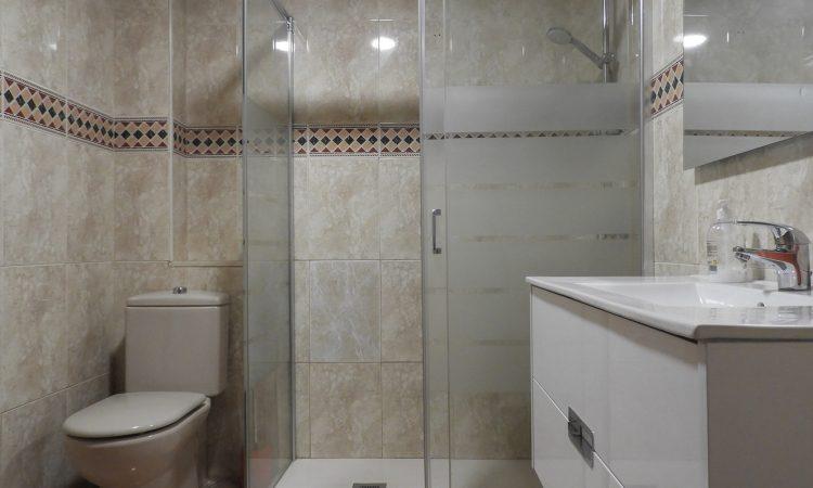 Квартира в Валенсии район Беникалап-Кампанар АР066. ванная