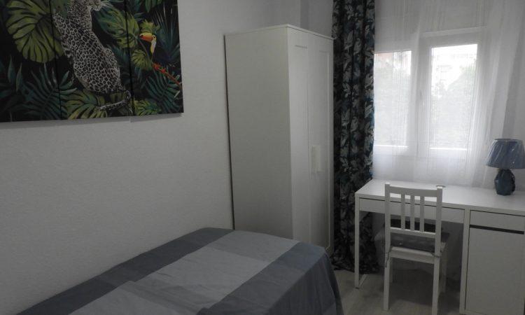 Квартира в Валенсии Тендетес -парк Турия АР067. спальня 2