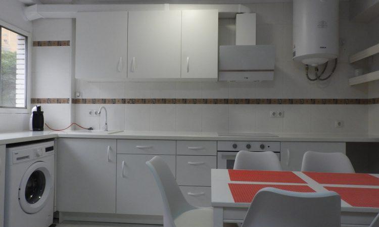 Квартира в Валенсии Тендетес -парк Турия АР067. кухня